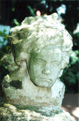Busto Bethoven-Casa do Pedro Bruno
